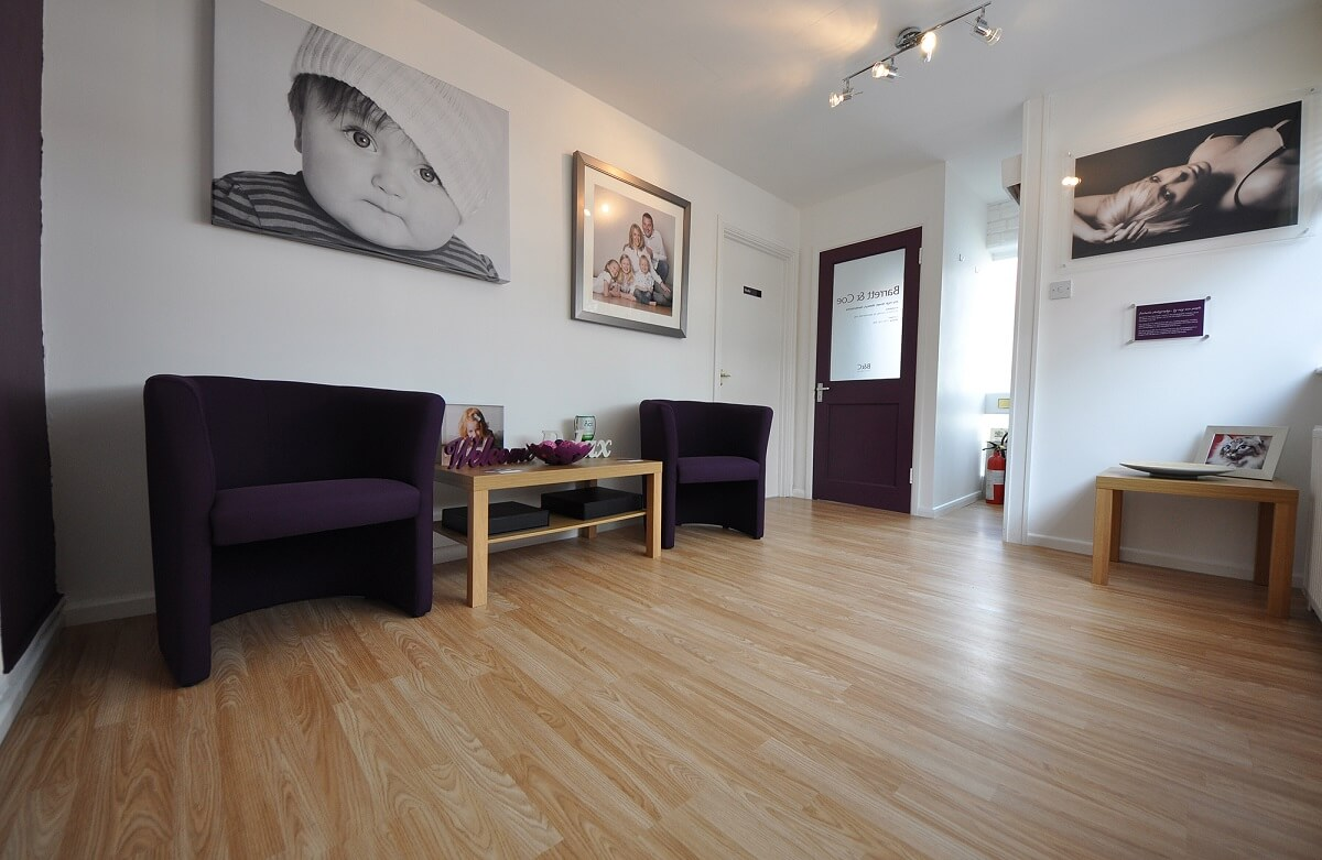 barret & Coe photography studio waiting room