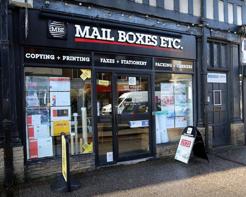 store front of a Mail Boxes Etc centre