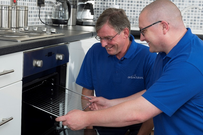 ovenclean franchisee replacing oven grill