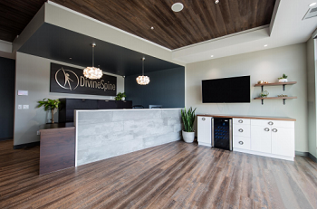 inside a Divine Spine chiropractic