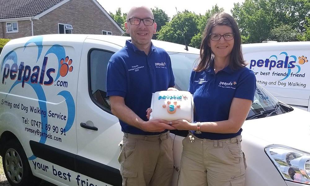 Petpals franchisees Romsey next to van