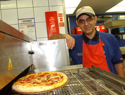 dominos franchisee