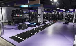 largeanytime-fitness-inside2.jpg